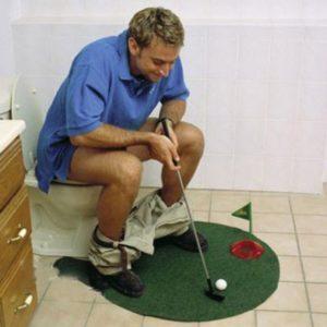 oggetti assurdi - golf bagno