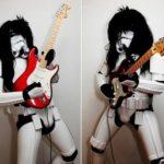 Stormtrooper Rocker suona la chitarra