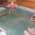 Stormtrooper si rilassa nella vasca da bagno